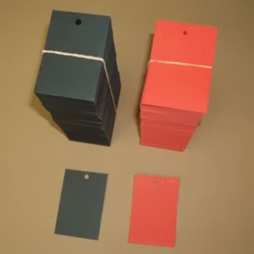 Üres címke színes